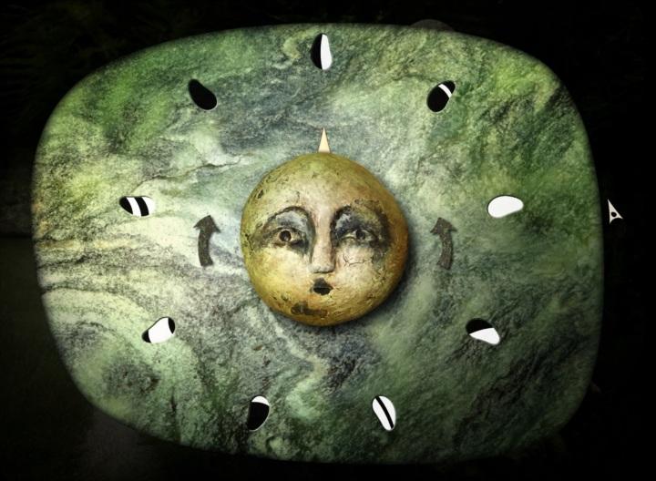 sun face on a dial